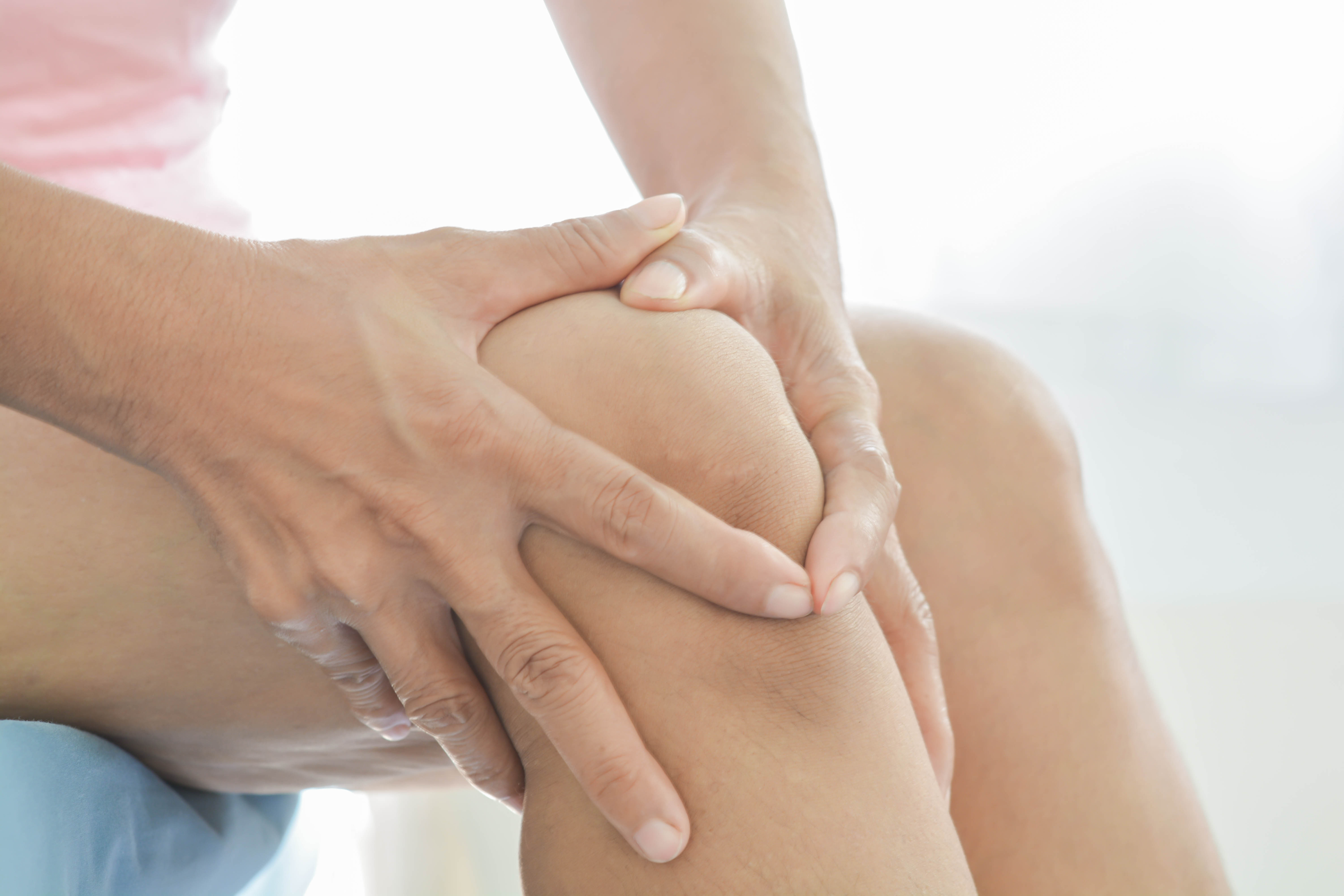 knee  pain in old women